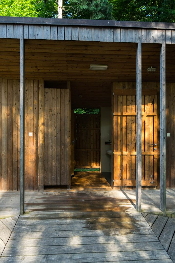 sanitarije vhod
